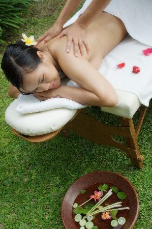 Pradha Villas: Massage