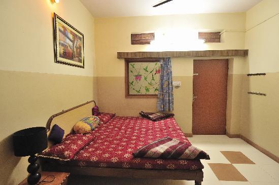 Hotel Satkar: room