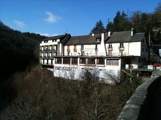 Hotel Restaurant Les Ajustons