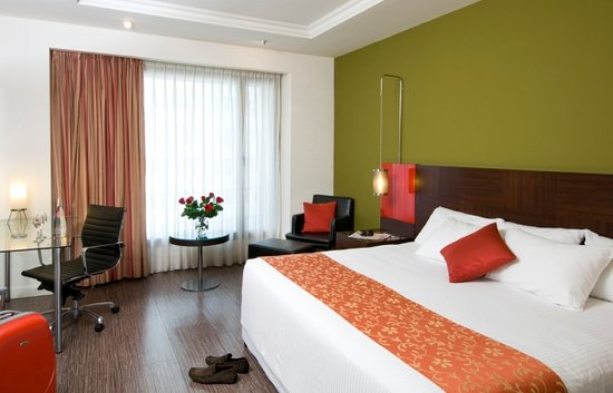 Leonardo City Tower Hotel: Deluxe Room