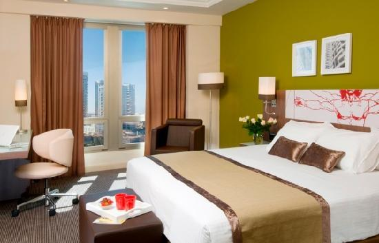 Leonardo City Tower Hotel: Executive Room