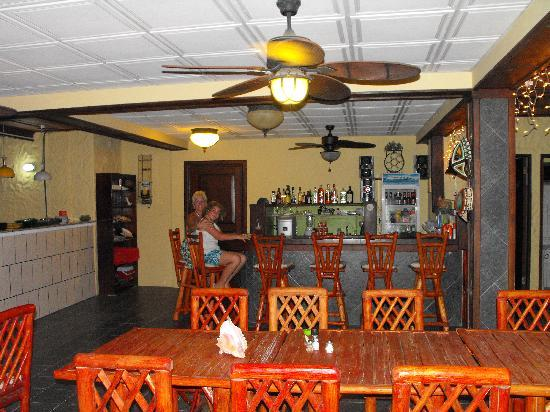 Panayukana Boutique Hotel: dinning room and bar