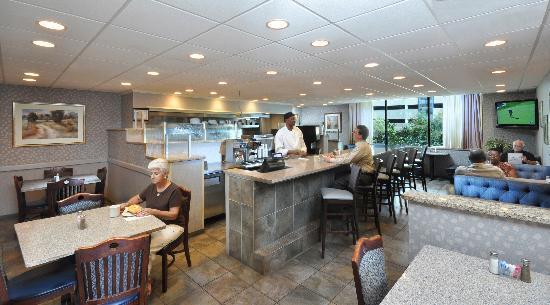 Brookwood Inn Durham: Brookwood Inn Grill