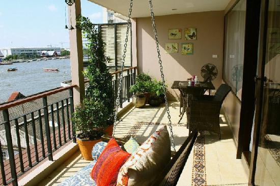 Sala Arun: Balcony