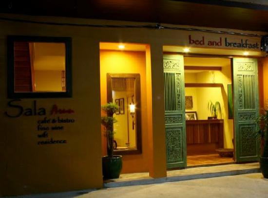 Sala Arun : Entrance