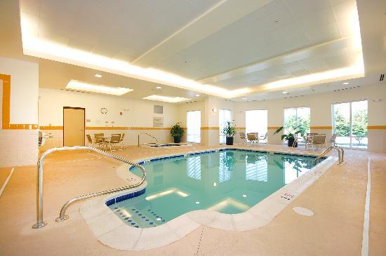 Hilton Garden Inn Lynchburg: Indoor Pool
