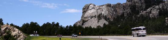 Dakota Tours: Leave the driving to us!