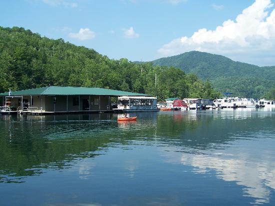 Fontana Village Resort: Fontana Marina In The Great Smoky Mountains