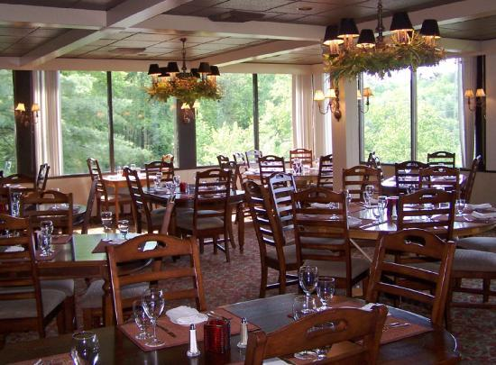 Fontana Village Resort: The Mountview Bistro in the Lodge At Fontana Village