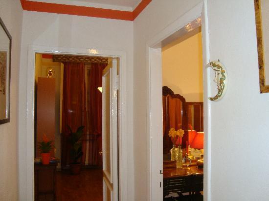 B&B Tre Gigli Firenze: ingresso alla camera Luna e alla Sala