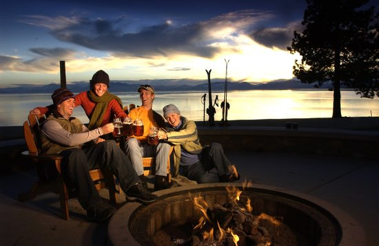 Hyatt Regency Lake Tahoe Resort, Spa and Casino: Roasting s'mores at one of our many fire pits is the perfect end to a perfect day