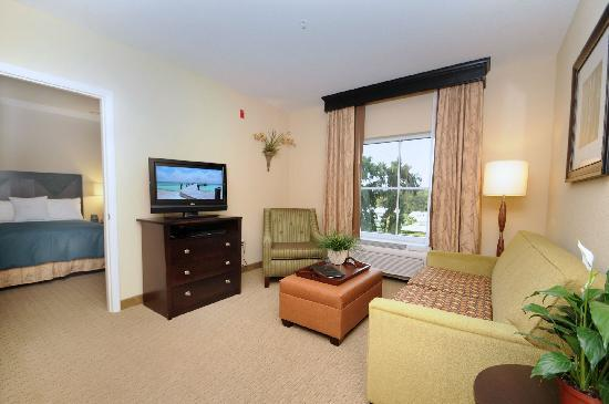 Homewood Suites by Hilton Tampa-Port Richey : Relax and Recharge in Our Studio, One, or Two Bedroom Suites!
