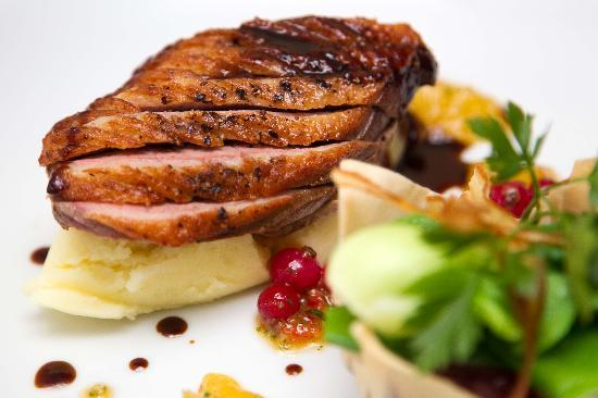 Cafe Sol Bistro: Seared breast of barbary duck