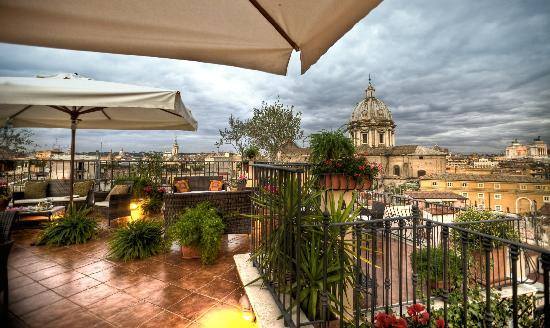 Boutique Hotel Campo de Fiori: Enjoy stunning views from the Hotel Terrace