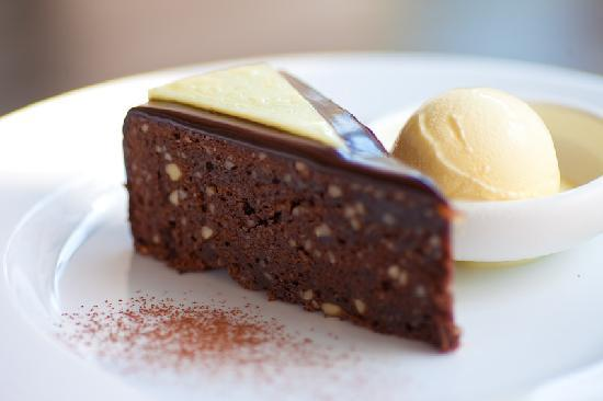 The Villa Cafe: Paradise Road Chocolate Cake