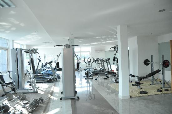 Enugu, Nigeria: Fitness Center