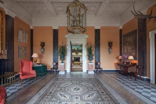 Ballyfin Demesne: Entrance Hallway