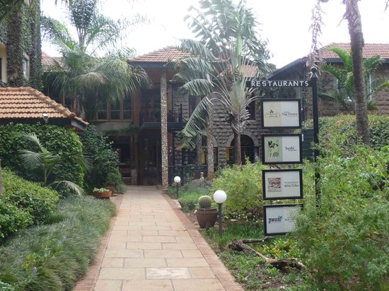 Mukutan garden cafe nairobi restaurant reviews phone for Pool garden restaurant nairobi