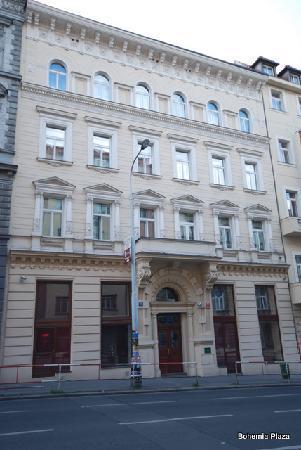 Bohemia Plaza Residence: Hotel von aussen