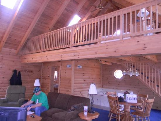 As you\'re entering the Hawk\'s Nest cabin... - Picture of Coblentz ...