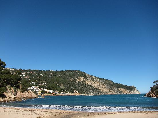 Parador de Aiguablava: View from the beach