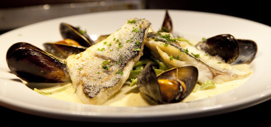 Arkengarthdale, UK : Sea Bream & Mussels