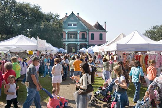 Houma, LA: Southdown Plantation hosts a binannual arts and crafts festival, Southdown Marketplace, in the s