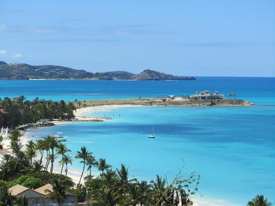 Halcyon Cove by Rex Resorts: Only 5 mins away from the hotel...great view!