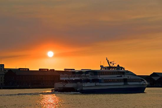 Vallejo Baylink Ferry at Sunset (by Ron Becker)