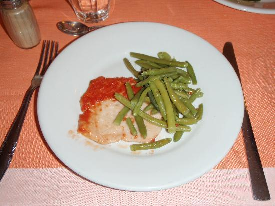 Hotel Roma Claviere: Worried when we thought this is dinner, but they served it twice along with soup to start with a