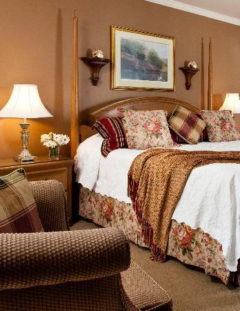 Refuge Inn : Deluxe King Room