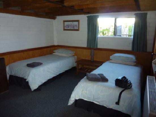 The Workshops: bedroom