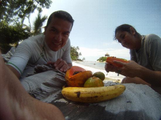 ซานตามาร์ตา, โคลอมเบีย: ricas frutas tropicales