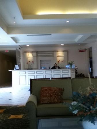 Hilton Garden Inn Grand Forks: Front Desk