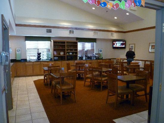 La Quinta Inn & Suites Chattanooga: Breakfast Room