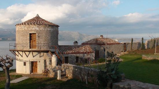 Lazareto Hotel: Tower and Stone Cottage