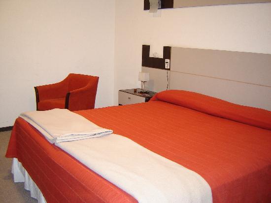 Hotel Nuevo Mundo: Habitación