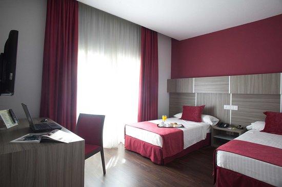 Hotel Serrano: Habitación doble