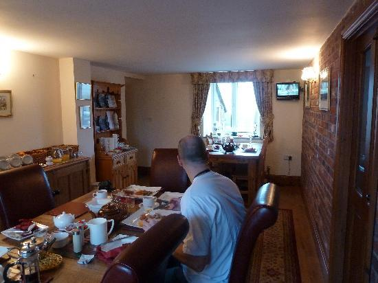 Chapel Croft Guest House: Breakfast Room