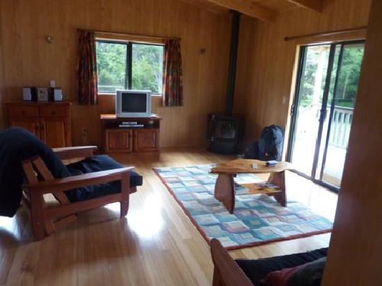 Tangiaro Kiwi Retreat: Sitting Room