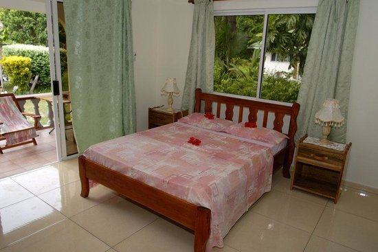 Pension Hibiscus: bedroom