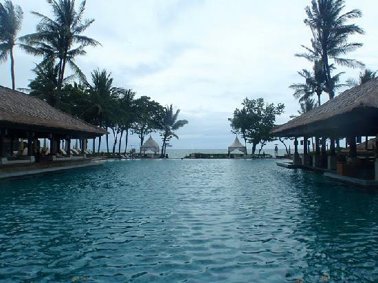 ‪‪INTERCONTINENTAL Bali Resort‬: Main Pool‬