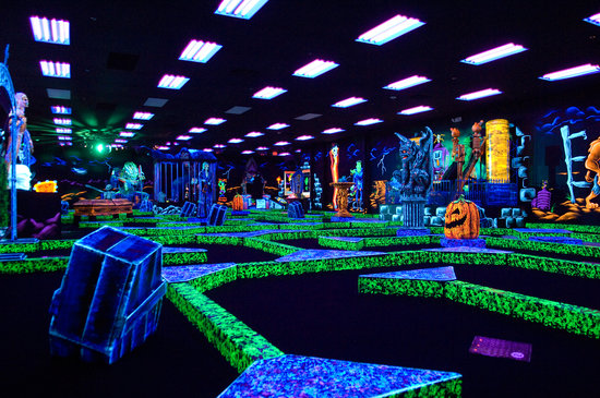 Monster Mini Golf: The course