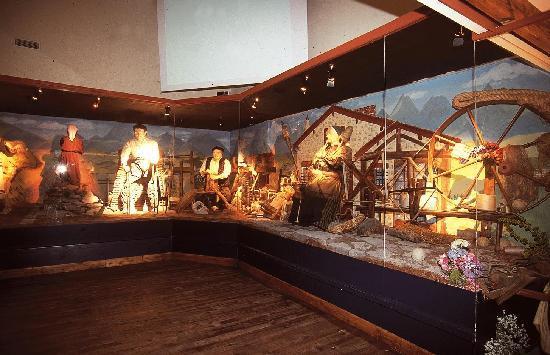 Ecomusee Basque Jean-Vier : salle du lin