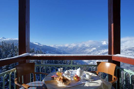 Hotel Mercure - Les Arcs 1800: vue de la chambre....petit dej génial avant le ski