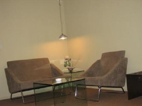 The Centreal Hotel : Executive Room Sitting Area