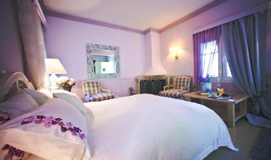 Μέγα Χωριό, Ελλάδα: Lilac Room