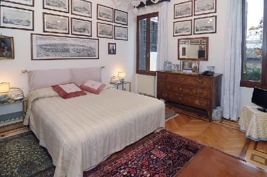 Palazzetto da Schio: Apartment 1 - bedroom