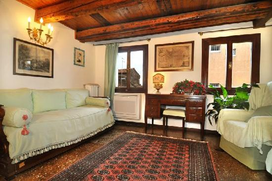 Palazzetto da Schio: Apartment 2 - sitting-room