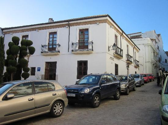 Hotel Plateros: Vista del hotel desde la Plaza